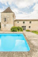 Villa / Maison Les etables à louer à Pons