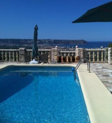 Villa / Maison Quealt à louer à Javea