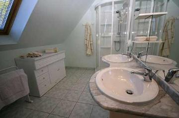 Reserve villa / house milou