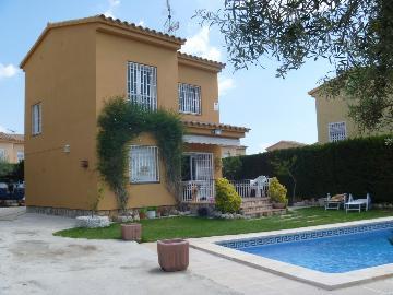 Property villa / house carmen