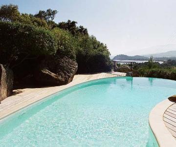 Large pool villas