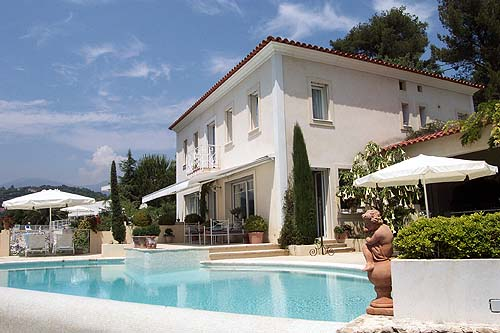 Location villa st paul de vence 6 personnes v50 - Maison moderne avec jardin saint paul ...