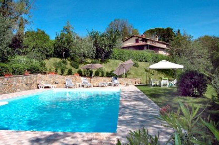 Villa / house Gli  to rent in Monte San Savino