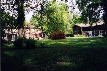 Villa / house moucherucq to rent in sore
