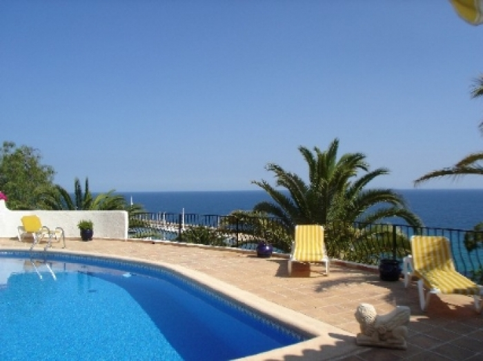 Villa / house Campomanes to rent in Altea