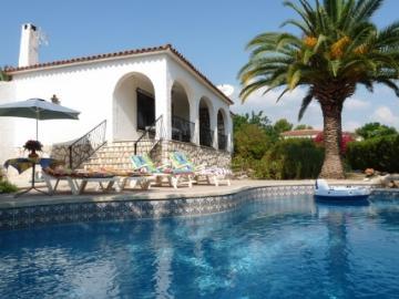 Villa / house CHARLOTTE to rent in La Nucia