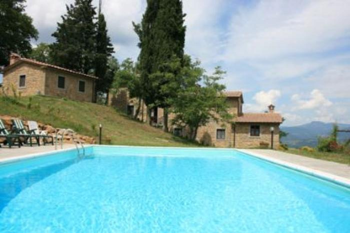 Villa / house Basso to rent in Arezzo