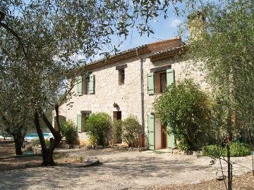 Villa / Maison Olivade à louer à Saint Cézaire sur Siagne