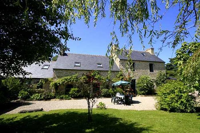 Villa / Maison Kergallic à louer à Lesneven