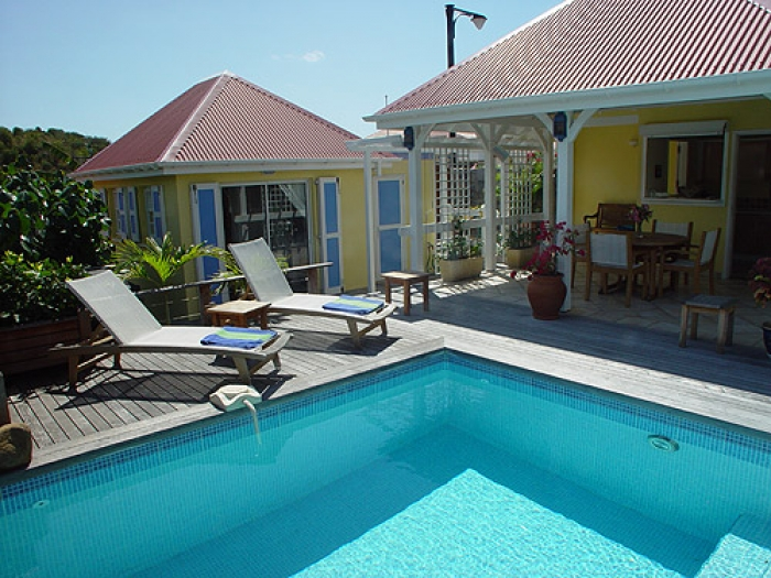 Villa / house Ju to rent in Gustavia