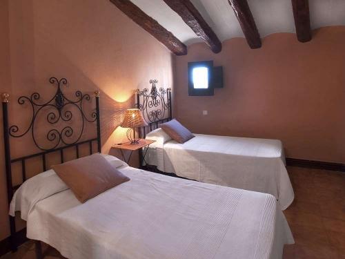 Accommodation in a villa / house l'olivera de dalt 30305 to rent in subirats