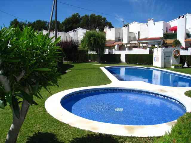 Location villa miami platja 6 personnes rib401 for Location villa miami avec piscine