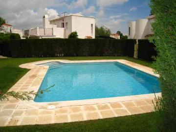 Reserve villa / terraced or semi-detached house villa eden park 2