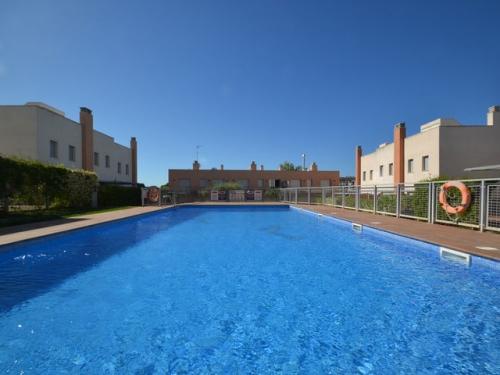 Villa / terraced or semi-detached house hotur to rent in torredembara