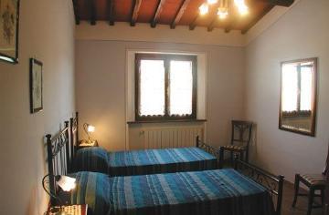 Louer maison traditionnelle indépendante en  italie