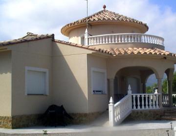 Property villa / house luna