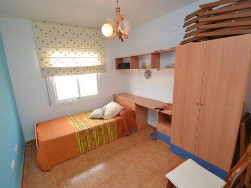 Villa / house resus to rent in miami playa