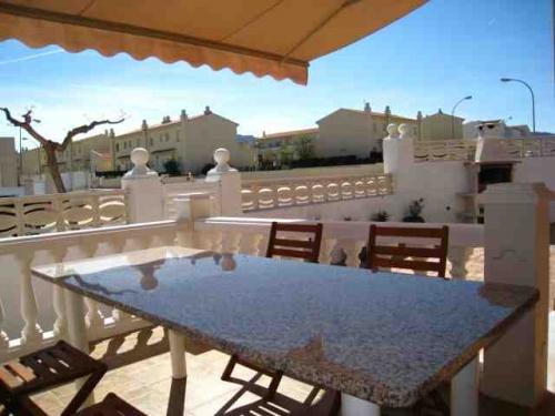 Rental villa / house resus