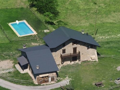 Villa / maison mitoyenne avec piscine commune