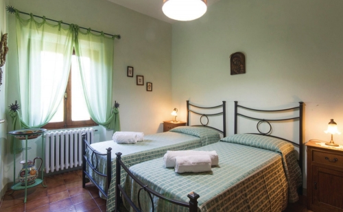 Independent house la bacia  to rent in borgo san lorenzo