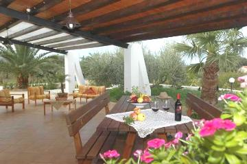 Villa / house Gina to rent in Castellammare del Golfo