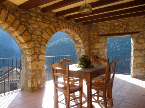 Holiday in house : catalonia
