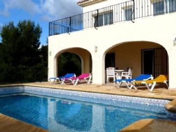 Villa / house EMMA to rent in Altea