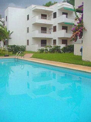 Reserve apartment cala montgo