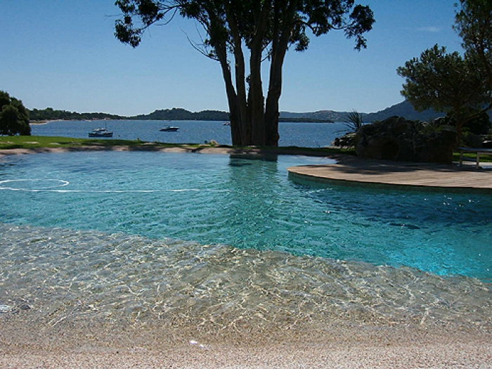 Villa / house Proche cala rossa to rent in Porto-Vecchio