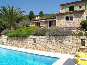 Reserve villa / house spéracédes / grasse