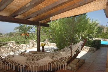Reserve villa / house nicolina