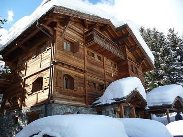 Ski school chalets