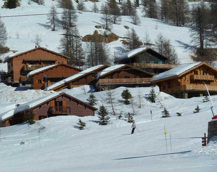 location chalet isola 2000 12 personnes monise010
