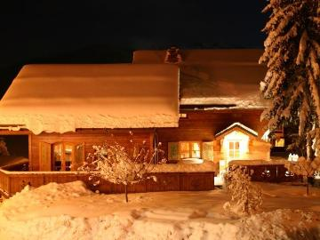 Chalet ananke dfb to rent in la tania