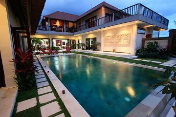 Bali : BALI810 - Kamboja