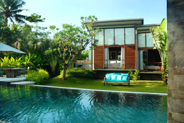location villa canggu 8 personnes bali813. Black Bedroom Furniture Sets. Home Design Ideas