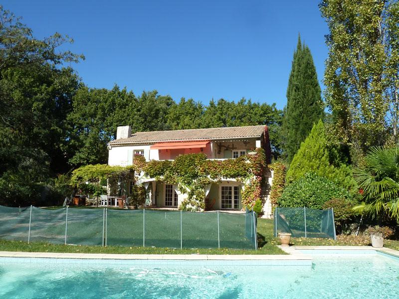 Location villa aix en provence 8 personnes b398 for Aix en provence location maison
