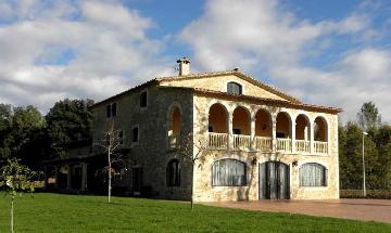Location villa / maison cornella 32505