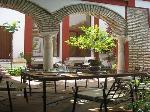 Villa / house Casa honda to rent in Santaella
