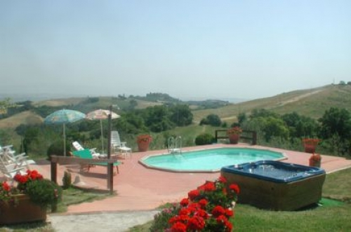Villa / house casa bellaggia to rent in torrita di siena