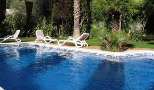 Location villa / maison tros de l'avi  30104