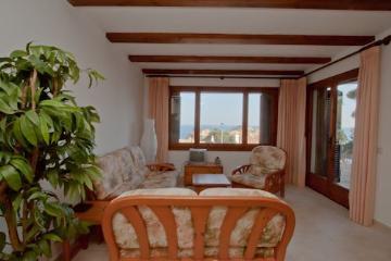 Property villa / terraced or semi-detached house cala nostra - roca rosa