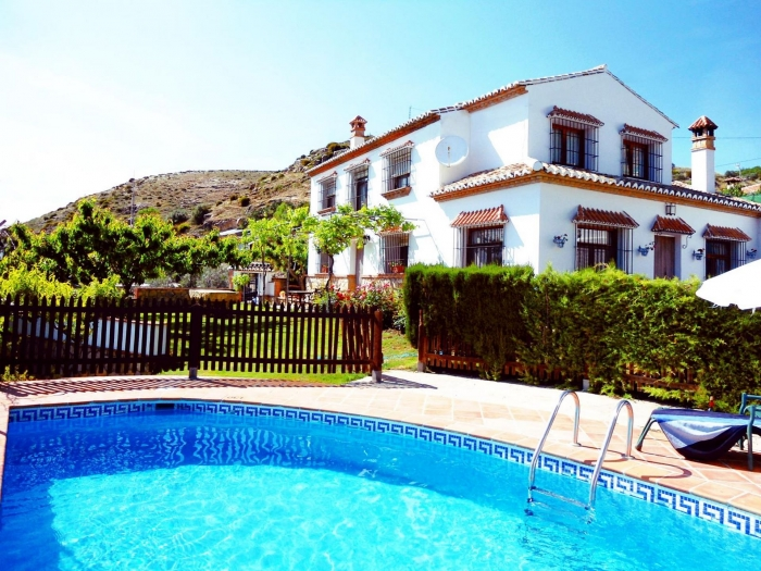 Villa / house Almendro to rent in Las Nogales (Antequera)