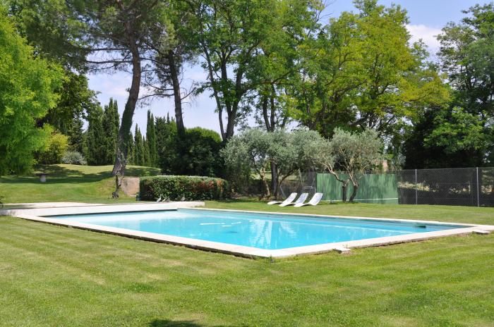 Location villa aix en provence 16 personnes aix20 for Aix en provence location maison