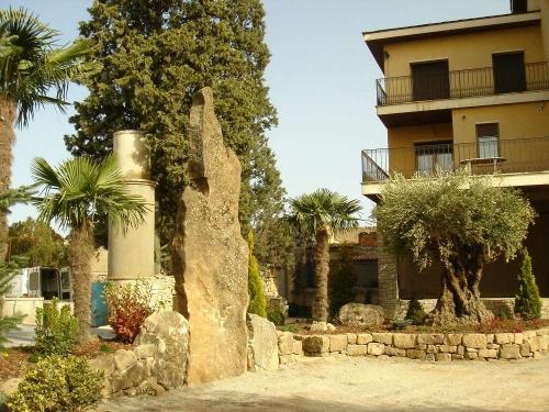 Property villa / house manresana 33201