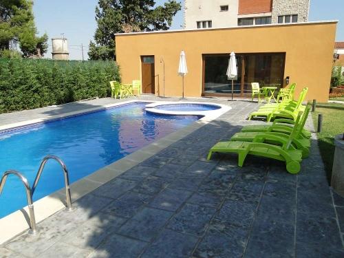 Villa / house manresana 33201 to rent in sant ramon de portell