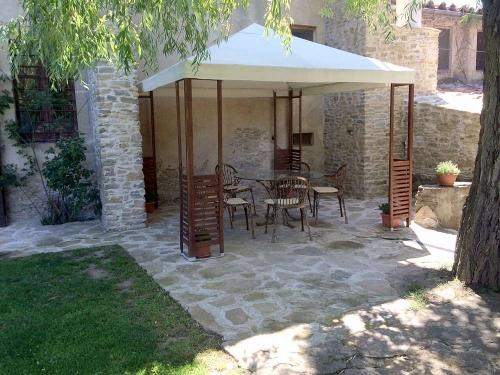 Reserve villa / house masia brugarolas i  34120
