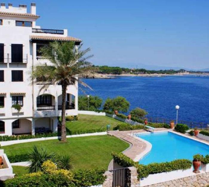 Apartment Punta romana 6/6 to rent in La Escala