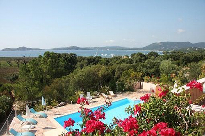 Villa / house Sainte-lucie to rent in Porto-Vecchio