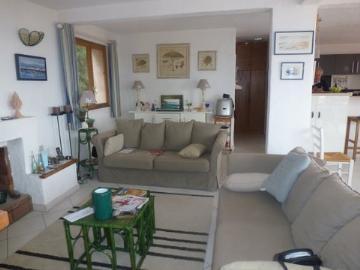Villa / house sainte-lucie to rent in porto-vecchio